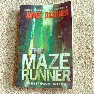The maze runner paperback book NY time bestseller